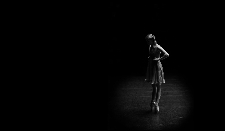 Ballerina Holly Dorger